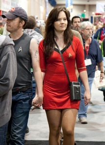 Far from popular belief, Trekkies are attractive!